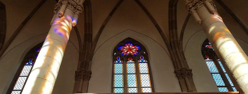 Christuskirche Lichtspiele Neugotische Kirche Innenraum